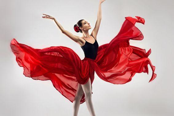 クロスフロアはテーマパークダンサー必須