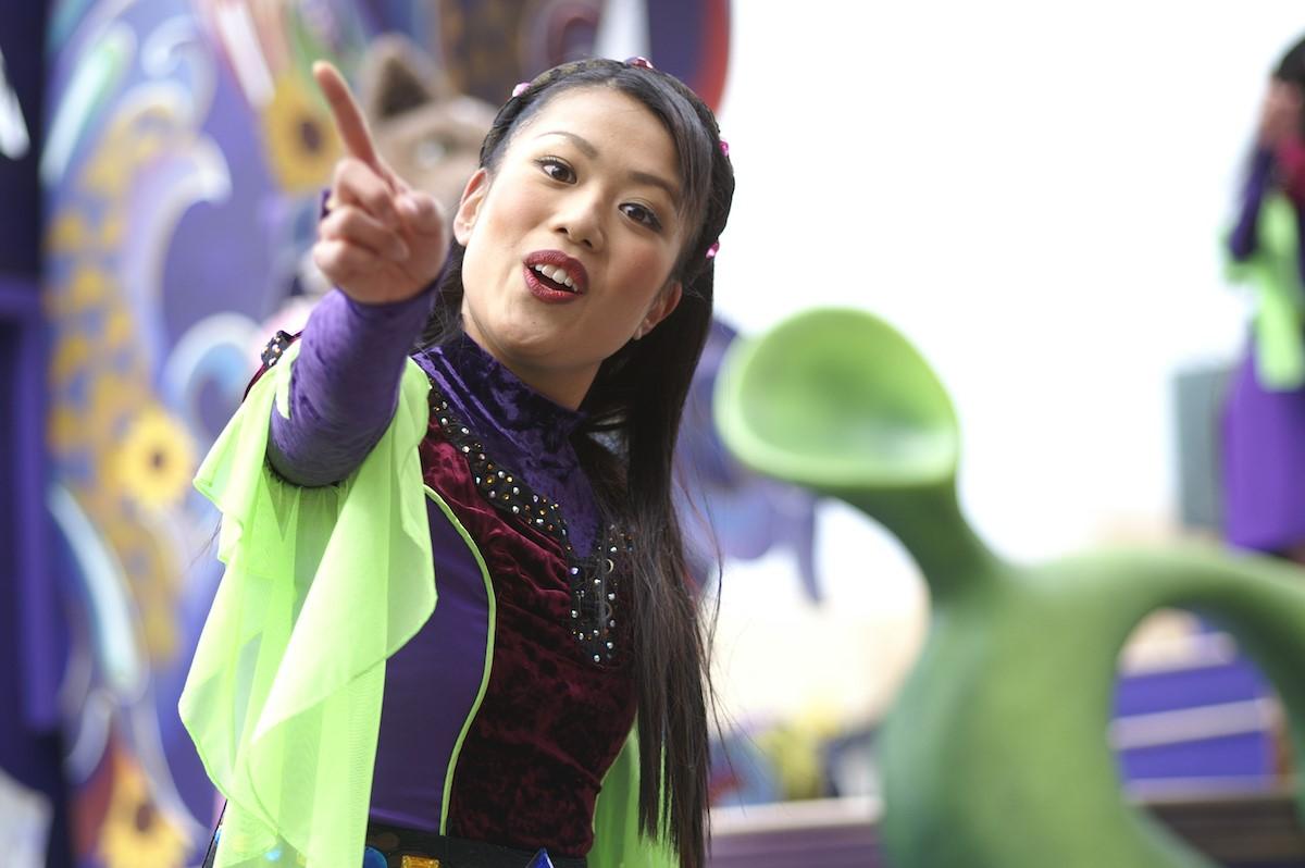 テーマパークダンサーに向いている人・いない人の特徴を知って夢の実現に役立てよう!