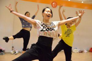 テーマパーク,ディズニー,USJ,ユニバ,ダンサー,表現力,高める,オーディション,ダンス,専門,学校,スクール,東京,ステップス